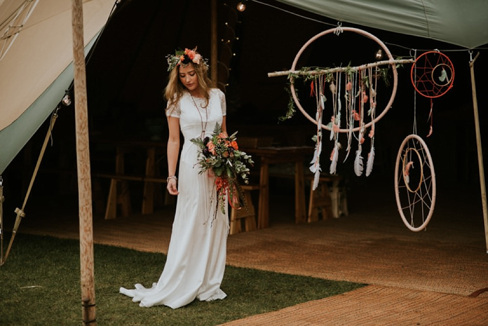 Boho lakeside dreamcatcher wedding