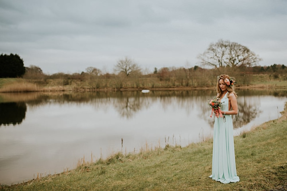 lakeside bride tipi boho style