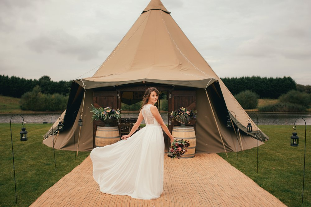Charlie Brear and Jesus Peiro For a Sophisticated Vineyard Inspired Tipi Shoot by Lucy G Photography - Adored Bride_0018